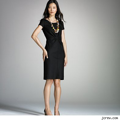 Style watch how to accessorize an lbd little black dress for Jewelry accessories for black dress