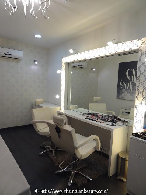lakme absolute salon vip room