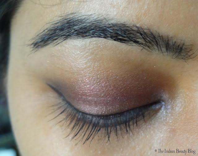 rimmel scandal eyes show off mascara on eyes (1)