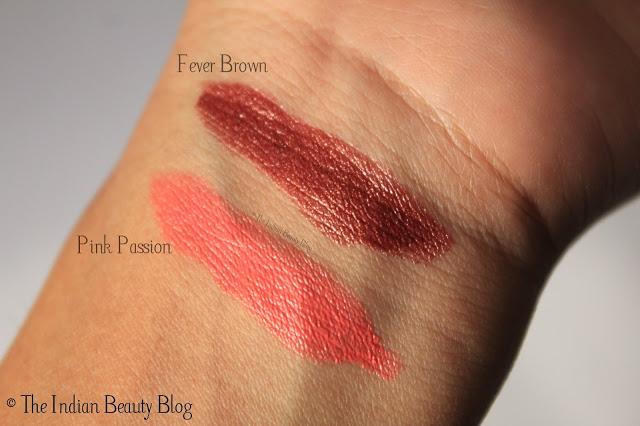 L'Oreal Paris Color Riche lipstick Fever Brown swatch