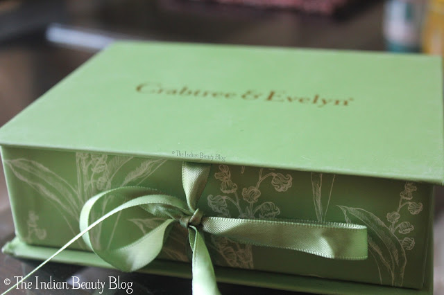 crabtree and evelyn lily mini gift set