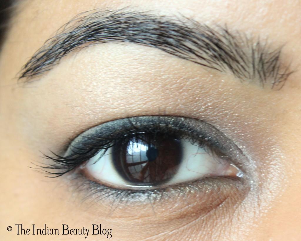 green eye makeup (2)