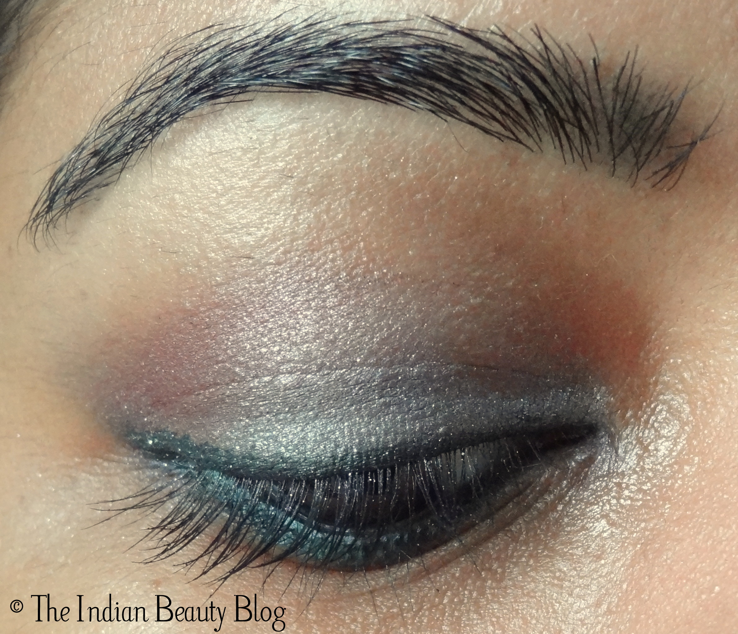 30 Days Eye Makeup Challenge Look 10 Glittery Silver Pink The