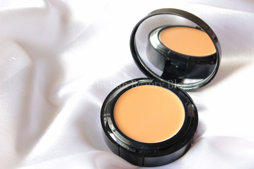 bobbi-brown-foundation-7