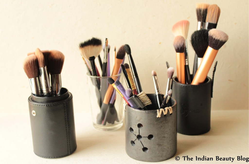 makeup brush storage (2)