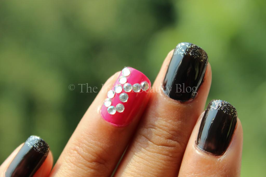 breast cancer awareness nail art