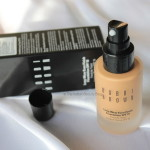 Bobbi Brown Long Wear Even Finish Foundation SPF 15- Honey: Review, swatch, FOTD