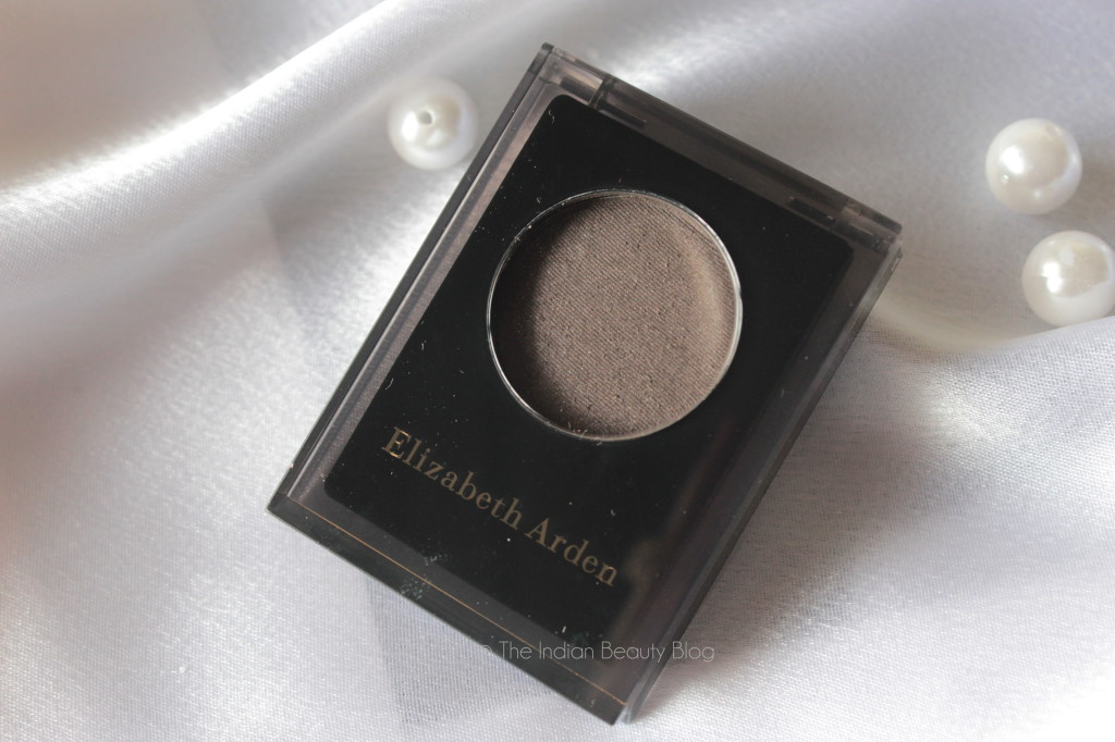 elizabeth arden color intrigue eyeshadow ember review swatch
