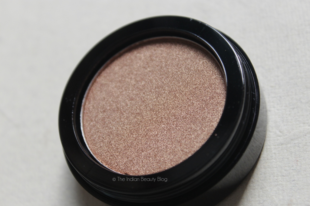 inglot pearl 405 eyeshadow review swatch