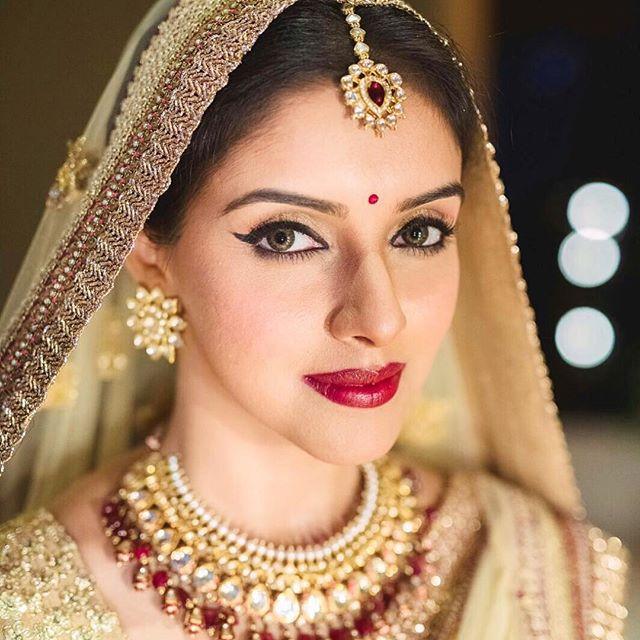 bollywood bridal fashion