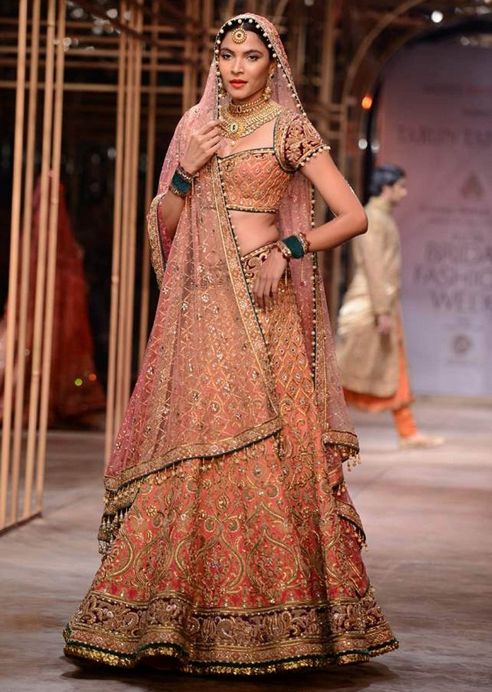 bridal outfits by tarun tahiliani the indian beauty blog