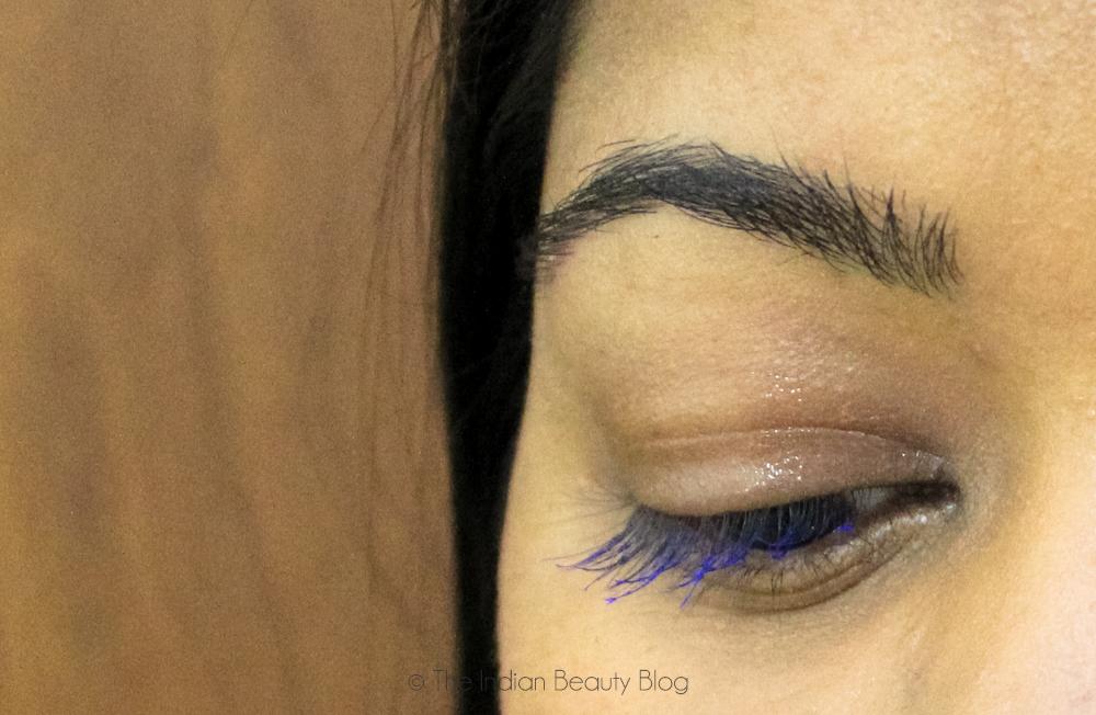 lakme eyeconic blue mascara