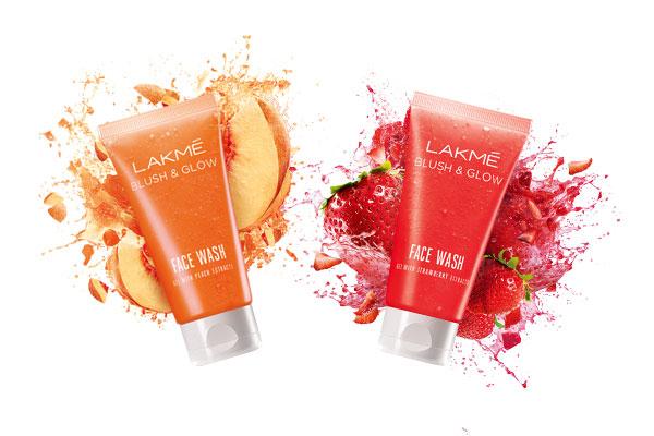 Lakme Strawberry Blush and Glow Face Wash